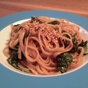 Leichte Pasta mit Spinat + Asia